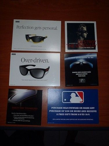 Cases, Cards, And Headphones - 8122813193_27881bc46a.jpg