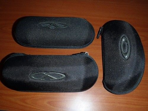Cases, Cards, And Headphones - 8122814787_e783b8af87.jpg