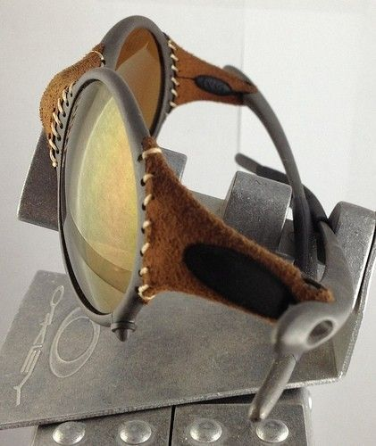 Brown/VR28 Juliet And Leather/Gold Mars - 8192298983_f9b0ac32a9.jpg