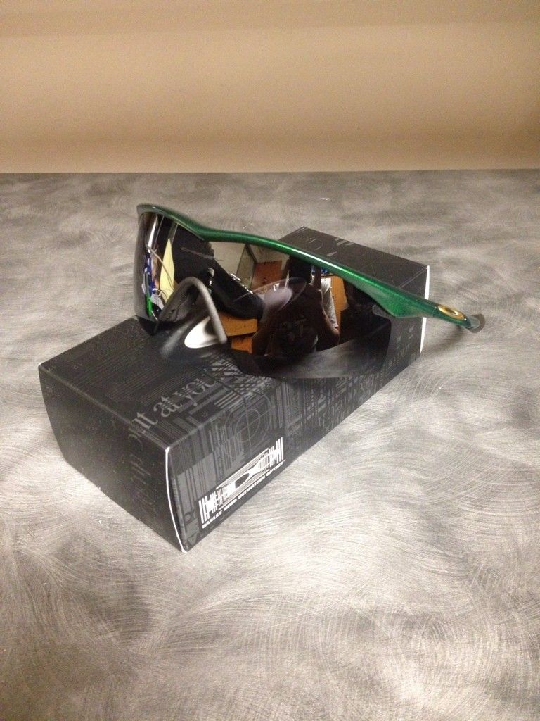 2 M Frames LN - 858D8093-06FE-40D0-8B4B-055485C3D4F8-242-00000010540DBD74.jpg