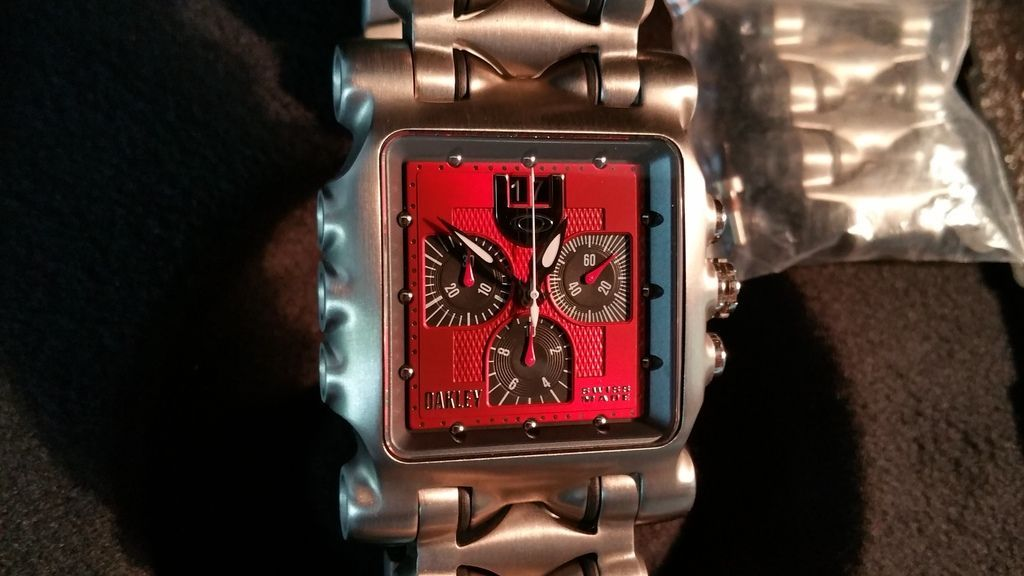 Minute Machine Red Dial Titanium SOLD - 85BCBBEB-5D44-46D8-8C5A-56022549C12A.jpg