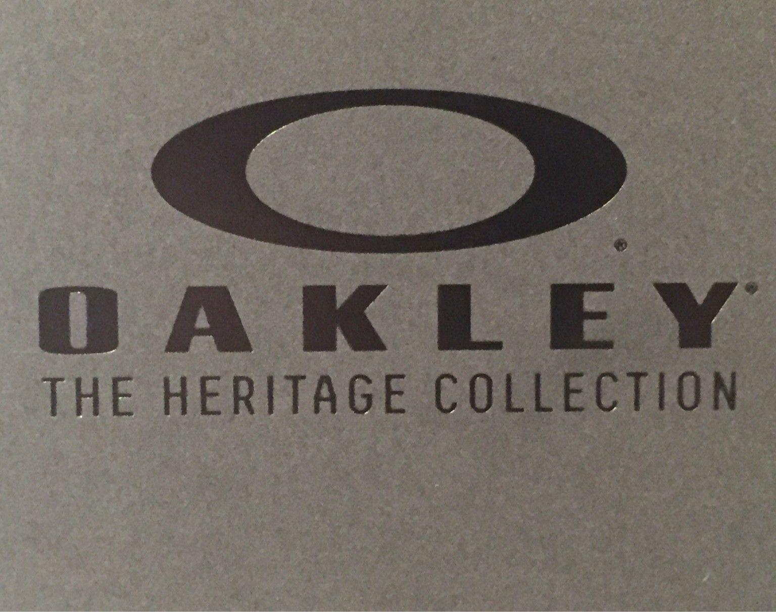 Oakley Heritage Box Set - 8739b9e9a7aa9f80a2dff5338f5479ca.jpg