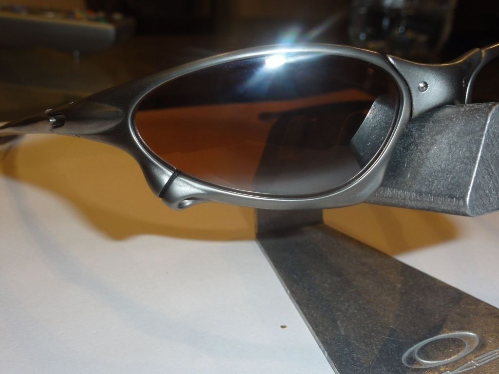 FS: Penny Titanium (Near Mint) / VR28 Black Iridium (near Mint) - 899289cb.jpg