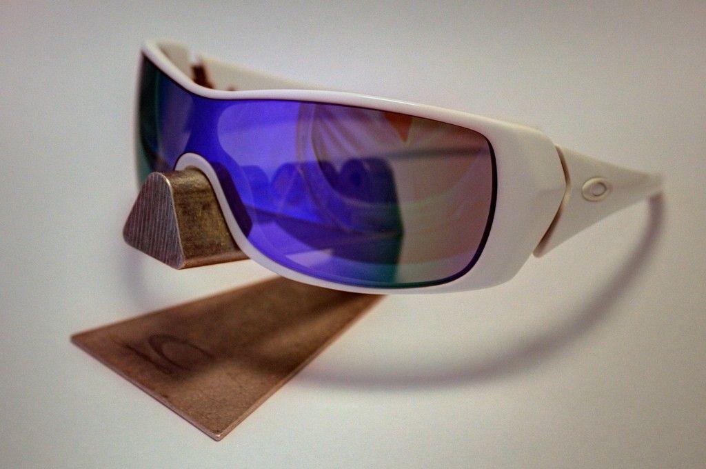 Oakley Riddle Polished White /  Violet Iridium CUSTOM - 9132429581_1ef296a9de_b.jpg