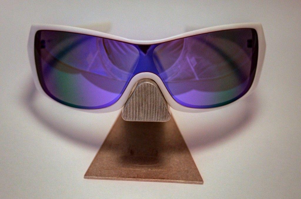 Oakley Riddle Polished White /  Violet Iridium CUSTOM - 9132430193_103bb21d97_b.jpg