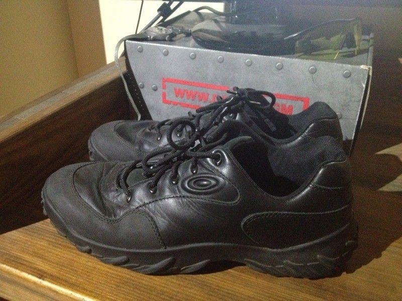 SI Snow Camo Assault Shoe, Black SI Shoe, Megajoule Mid Shoe - 91439999-5DAE-4E1D-92CC-1254E8844496-7592-00000689ADC884F0_zpsc1912c17.jpg