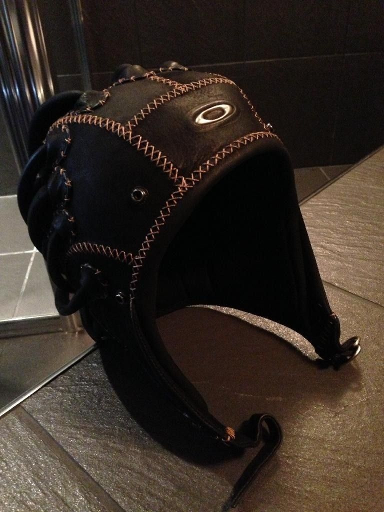 Medusa Helmet - Small - 9160C79A-561E-4377-A924-A0D0172E0E81_zpse7jabysi.jpg