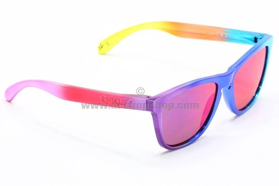 Rainbow Sherbet Chrome Frogs & IH Distressed Frogs - 935882_660749297270093_2094195439_n.jpg
