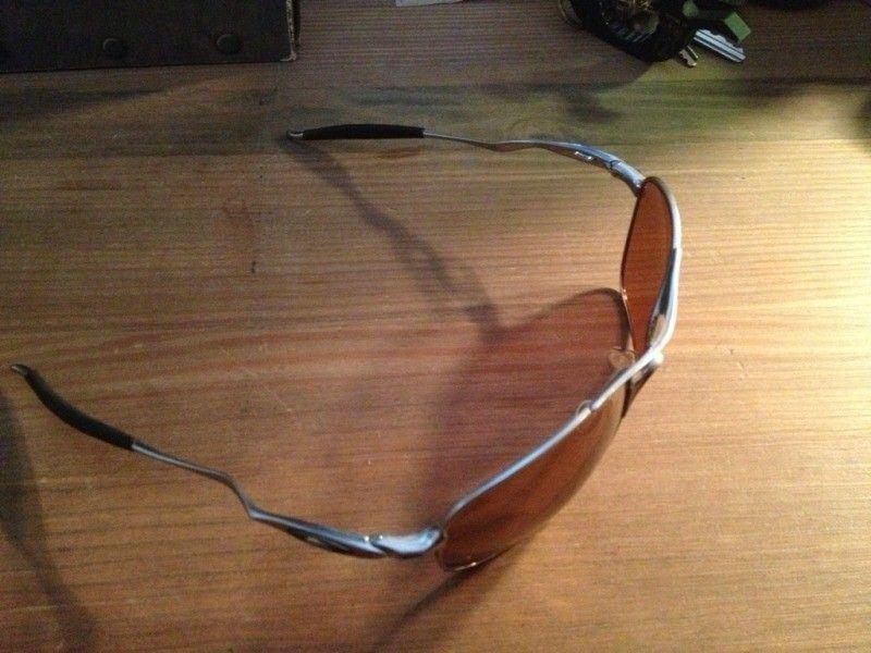 I hate polished frames. Let's do something about that. - 9492E555-0789-453E-A882-ED9A86E8A162-1286-00000116102A9386_zps41eba34a.jpg