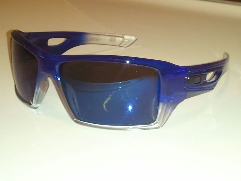 FS: Oakley Eyepatch 2 Custom Blue/Clear Fade & Ice Iridium - 9ca6fcbb.jpg