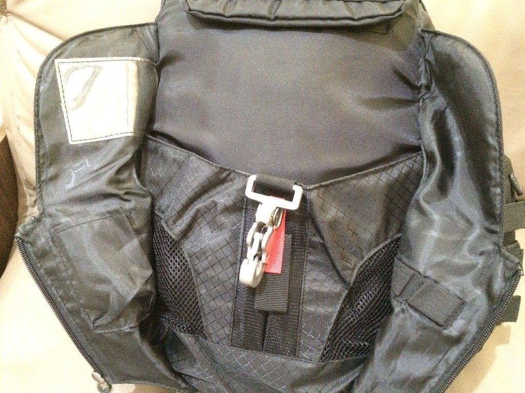 [Fake or Real? ] Identify an Oakley Backpack - 9D648B4E-0A59-4CC7-A44C-AD6B209F35FA_zps4zgcmxci.jpg