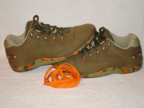 Fluoro Camo Olive / Khaki / Orange Sequel Size 10 - $_12.JPG