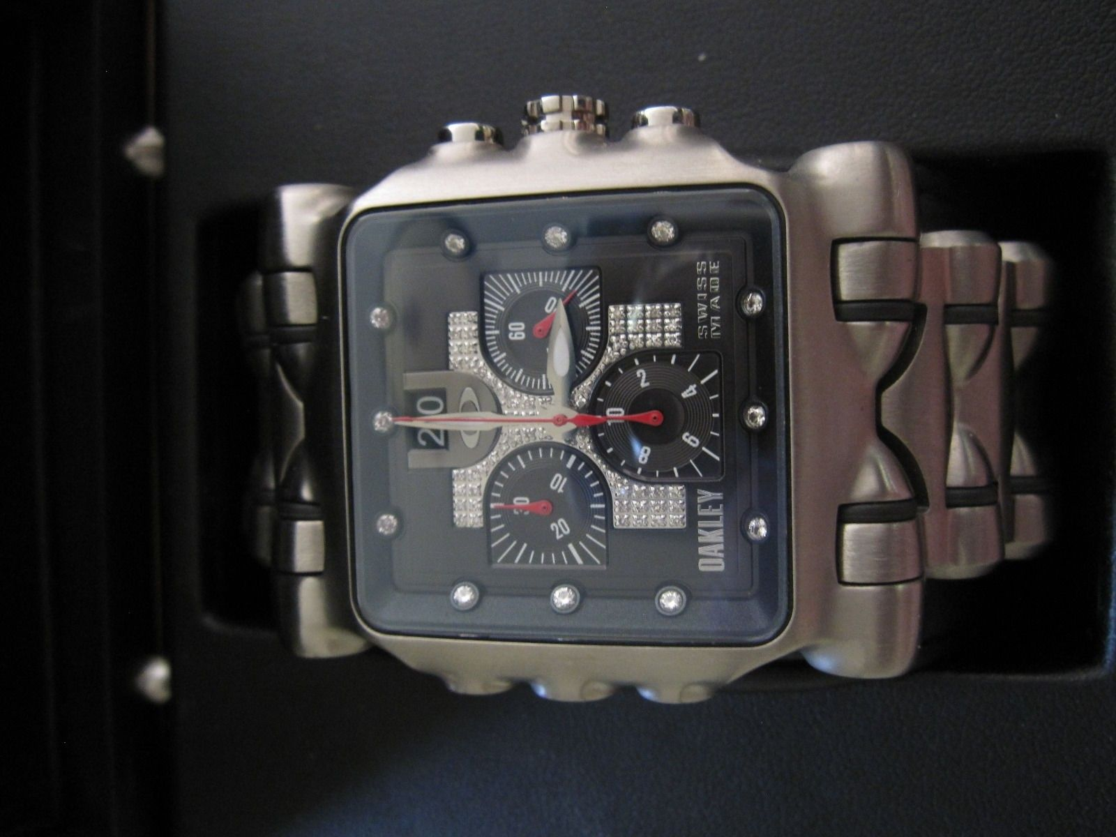 Selling Brand New Minute Machine Diamond Dial Edition Titanium Watch - $_57.JPG