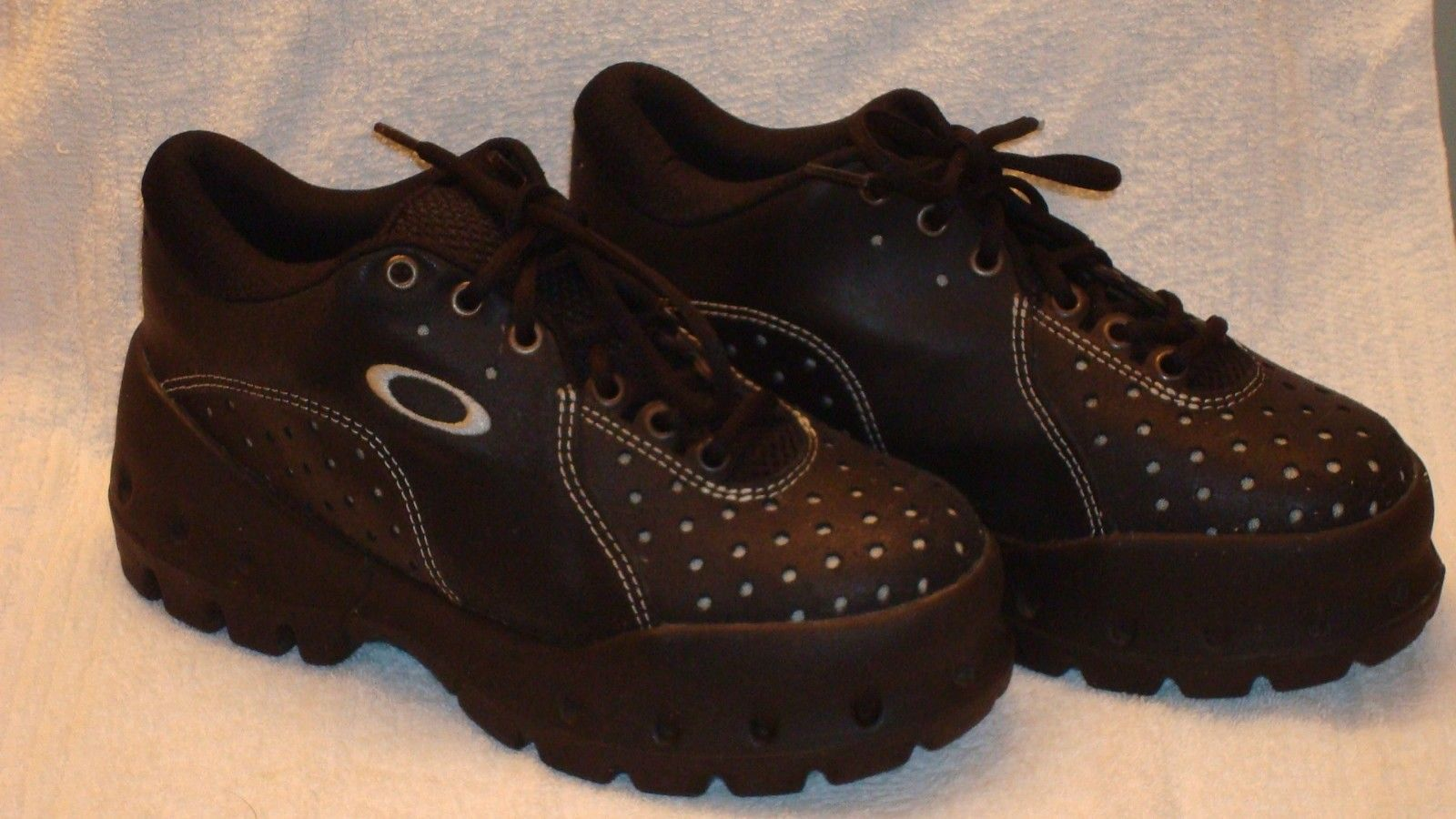 Pit Shoe Black Mens Size 7.5 Womens Size 9 - $_57.JPG