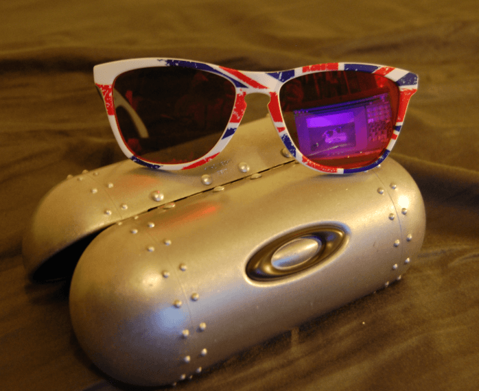 Oakley Frogskins Union Jack/Great Britain Print For Plain Holbrooks/Frogskins W/ Cash - a2deb9c4784dfece199656ce9339de06.png