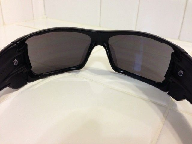 WTS: Oakley Batwolf With 2 Extra Changeable Icons - a4ube6et.jpg