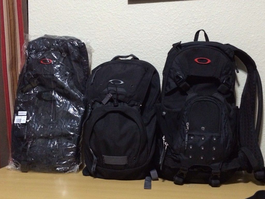 Bags, Packs And Luggages... - a7e3u5er.jpg