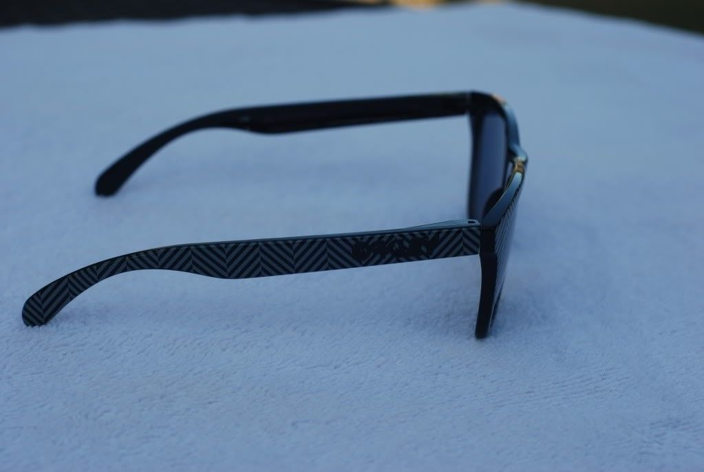 Got A Few Pair Of Frogskins For Sale - a8f09ea8.jpg