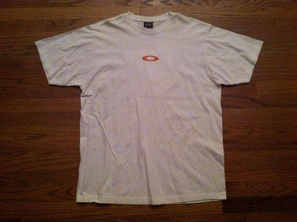 "Oakley ""Mad Science"" T-Shirt..........L - a8u7asyb.jpg"