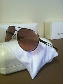 Women's Oakley Sunglasses - a9a5umej.jpg