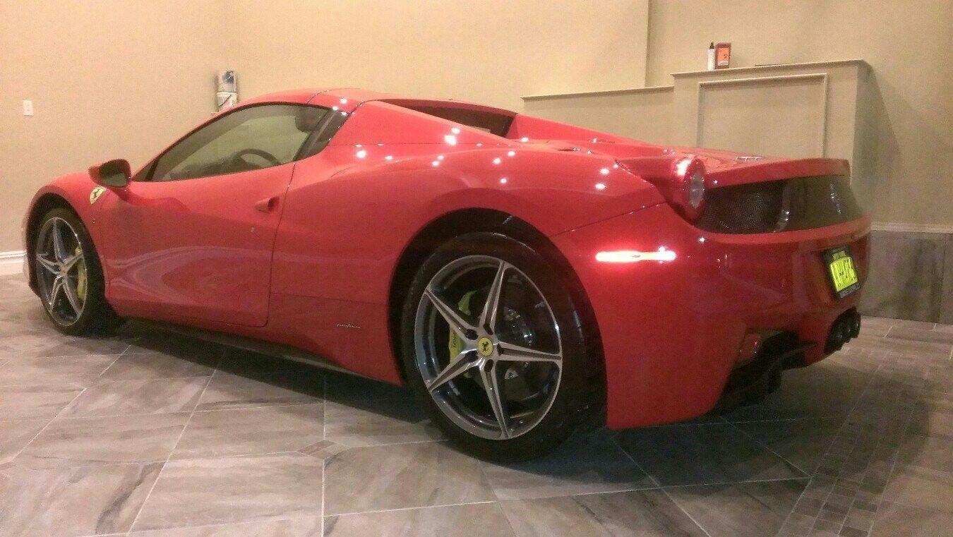 Just Got My Scuderia Ferrari Oakley Style Switch - a9u4y9yt.jpg