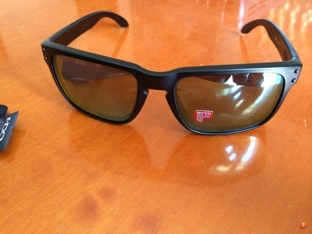 Holbrook Matte Black Frame With Emerald Iridium Polarized New For Trade. - adany9e8.jpg