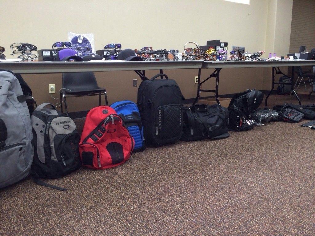 Bags, Packs And Luggages... - ahe4y3y3.jpg