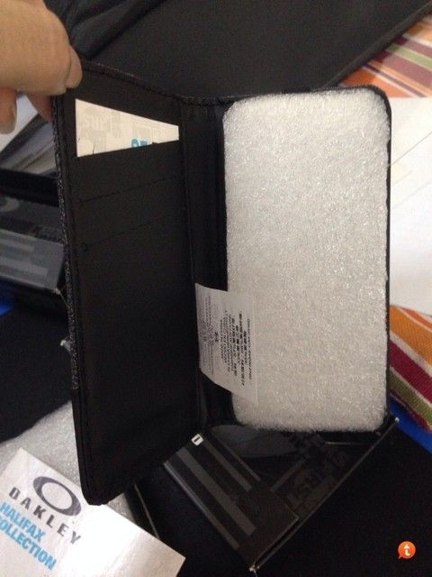 Halifax Wallet & Ipad Sleeve - ahunapez.jpg