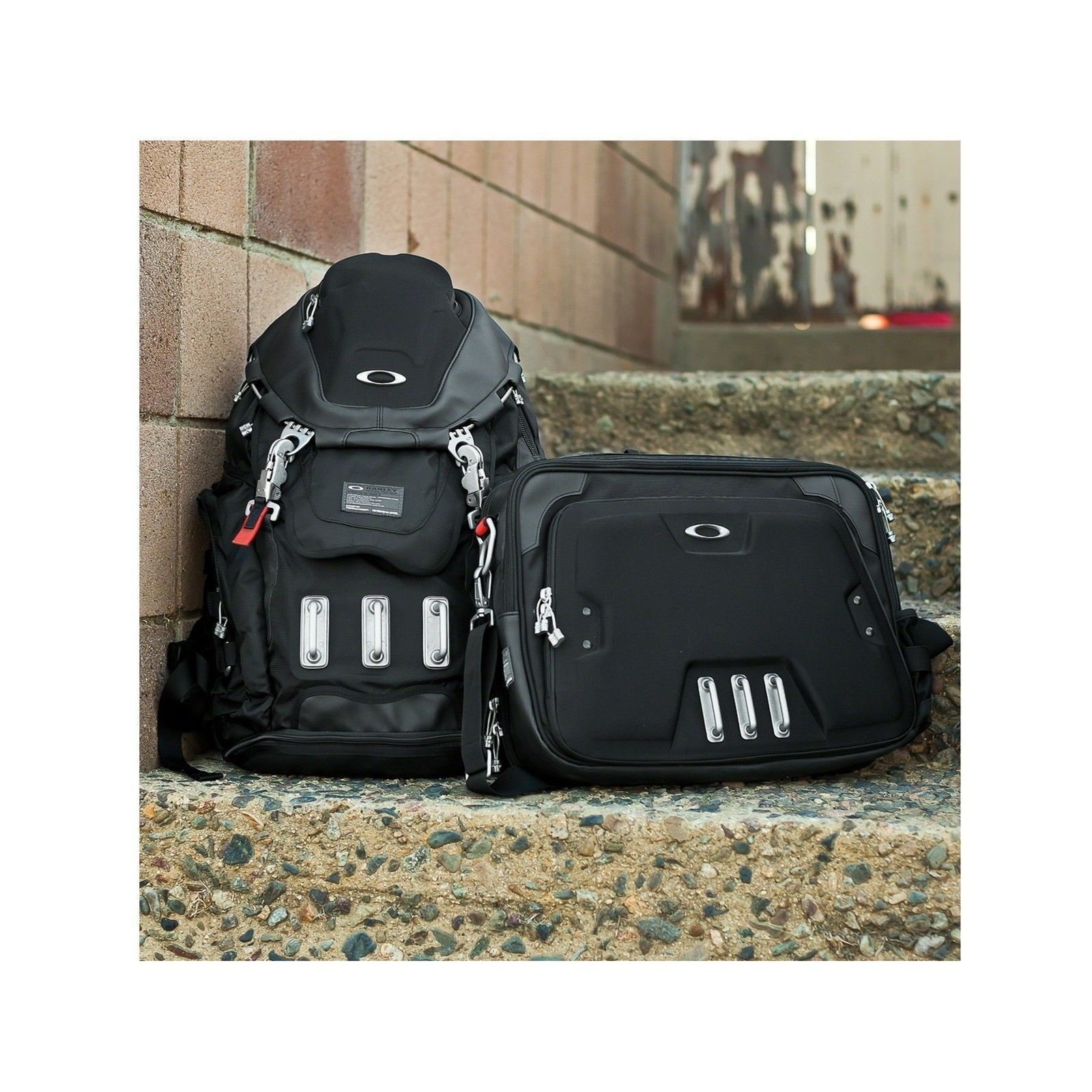 Home office bag - alternate_92606-001_home-office_black_d20_52152_png_zoomsq (1).jpg