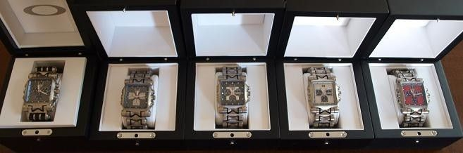 Too Many Watches, Not Enough Wrist.... - aminutemachineoakley2.jpg