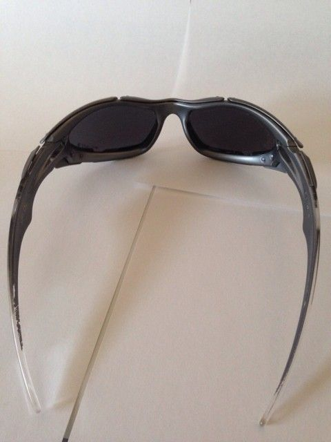 Few Pairs of Oakleys - amuqe6um.jpg