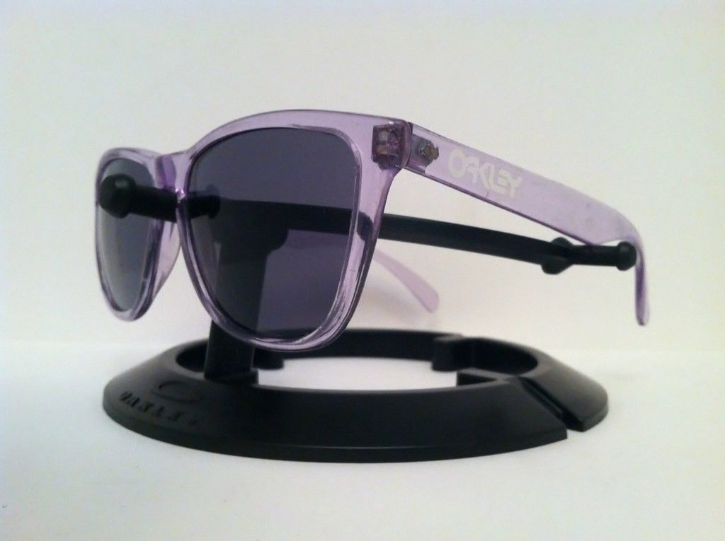 Oakley Frogskins......Clear/BI - are8u3yp.jpg