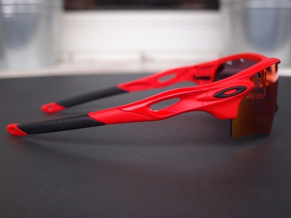 Oakley Fast Jacket Photochromic and radarlocks from safe house - AXaWS3L.jpg