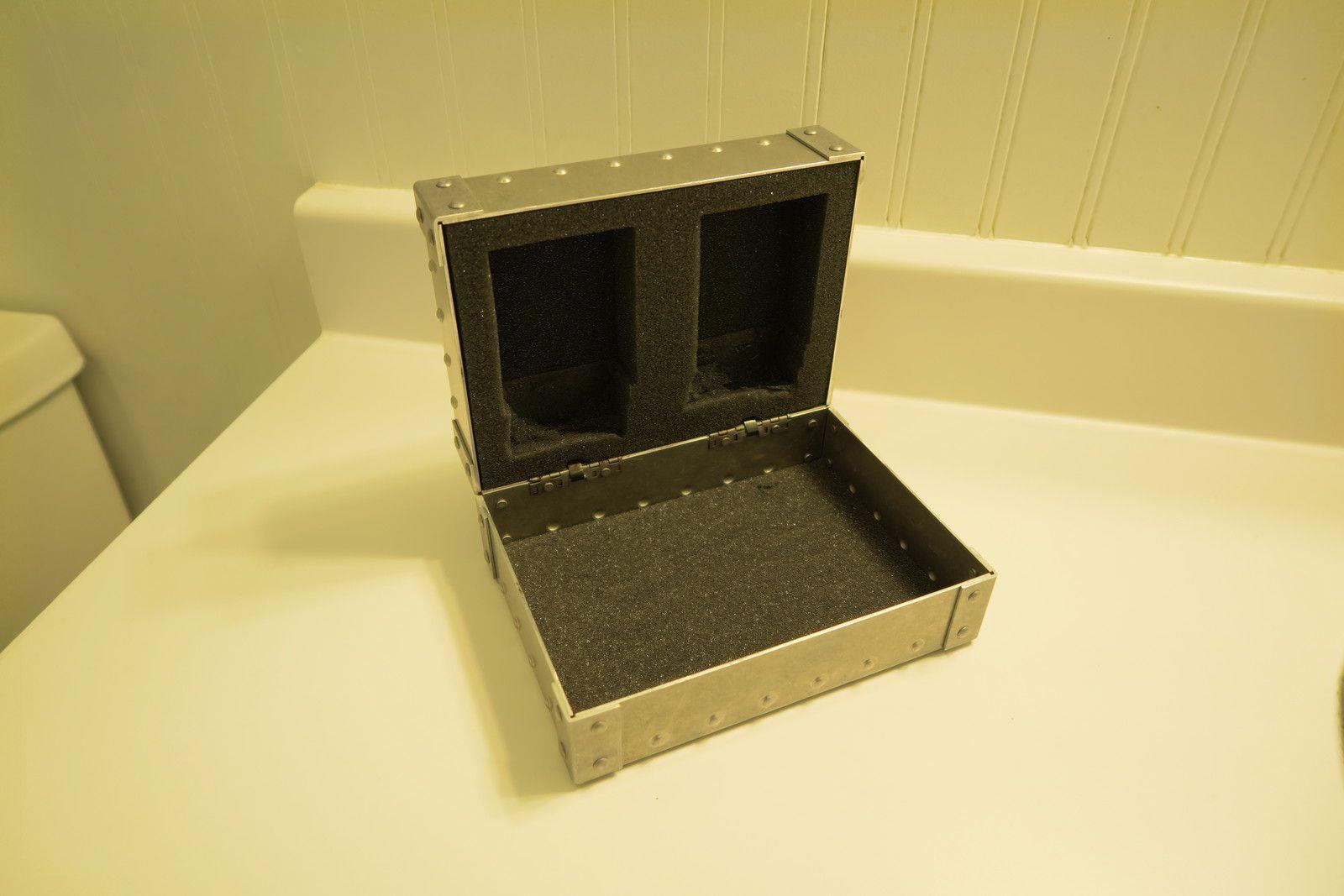 X-Metal RX Lens Vault - aZqCguk.jpg