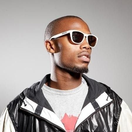 Famous People In Frogskins - B.O.B.photo-credit-chris-phelps1.JPG