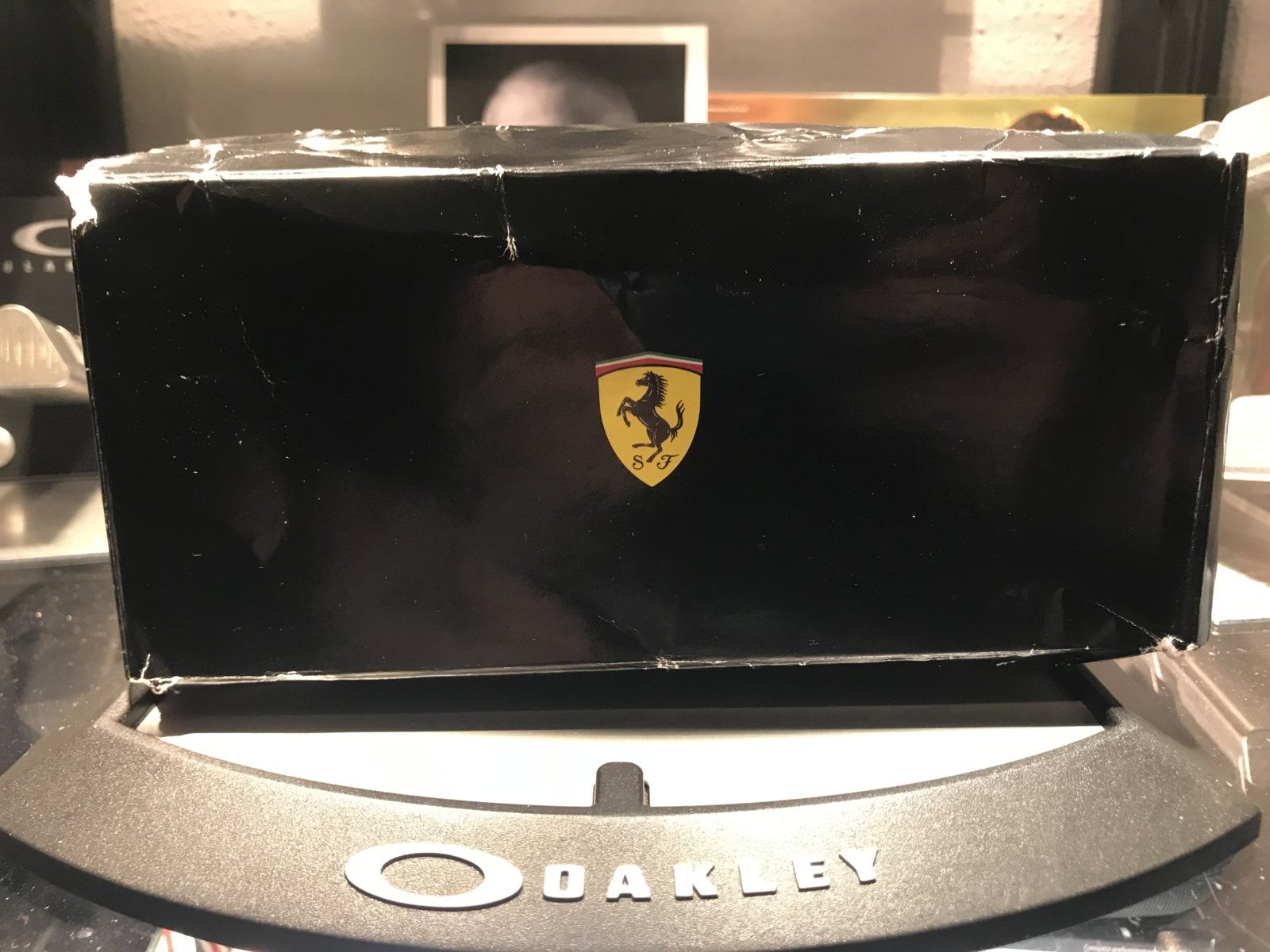Chainlink limited edition Ferrari Matte Steel w/ Black Iridium - B23EB07C-9228-4A6C-8A3D-80F331478E47.jpeg