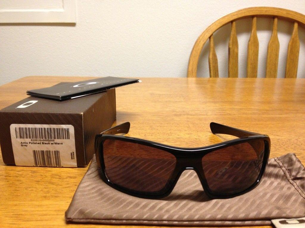 3 Oakleys For Sale (Antix And Hijinx) - B25C9676-294E-40EB-A158-9C6639ADFF42-1949-00000370DA45E3FF.jpg