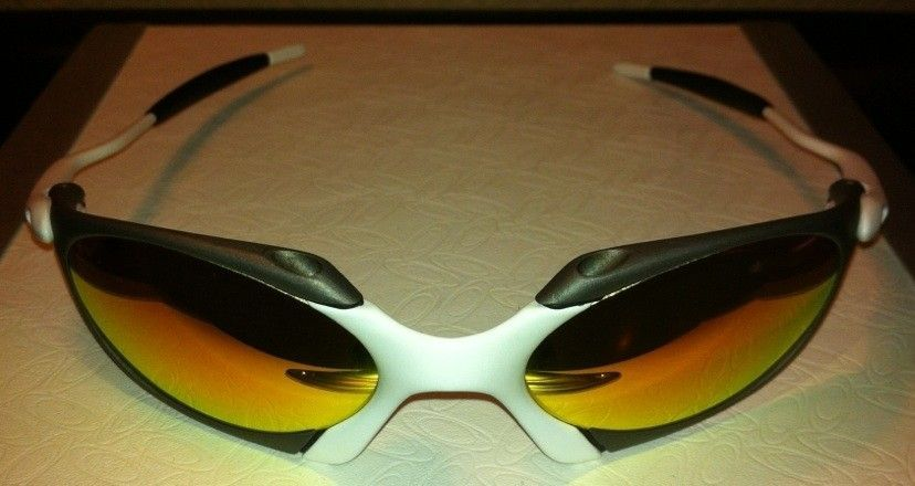 Oakley R1 Custom X-metal And Matte White (one Of A Kind) - B84EA4A8-2A12-494F-8E5E-0587BA4CC196.jpg