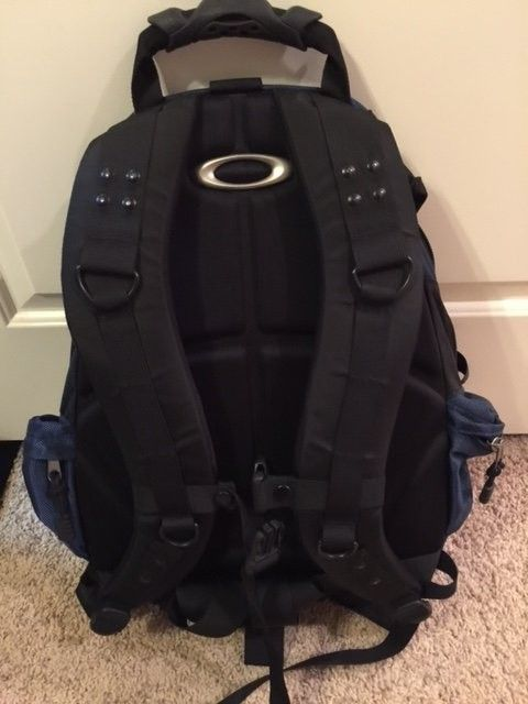 Oakley Icon 2.0 Backpack Cobalt $65 - backpack1.JPG