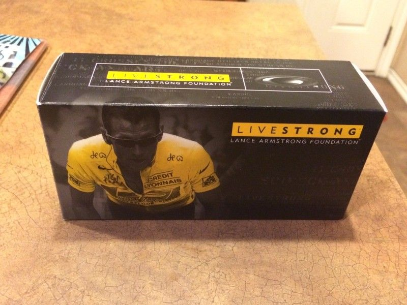Oakley Livestrong Fuel Cell BOX ONLY - bad809394c5d0ef66f221aef5bc0ea43.jpg