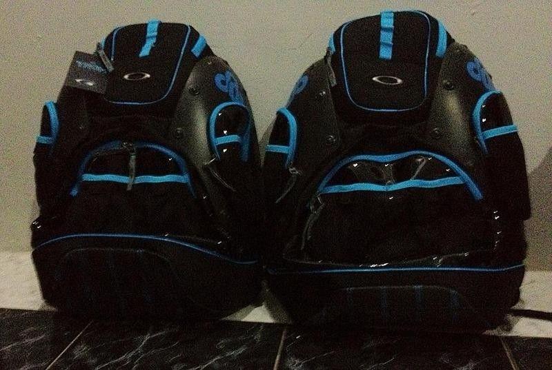 Oakley TRON Hardshell Backpack - bagp.jpg