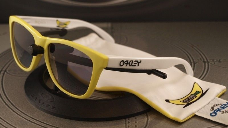 Your FAVORITE Pair (Crown Jewel) - bananabeatfrogskins.jpg