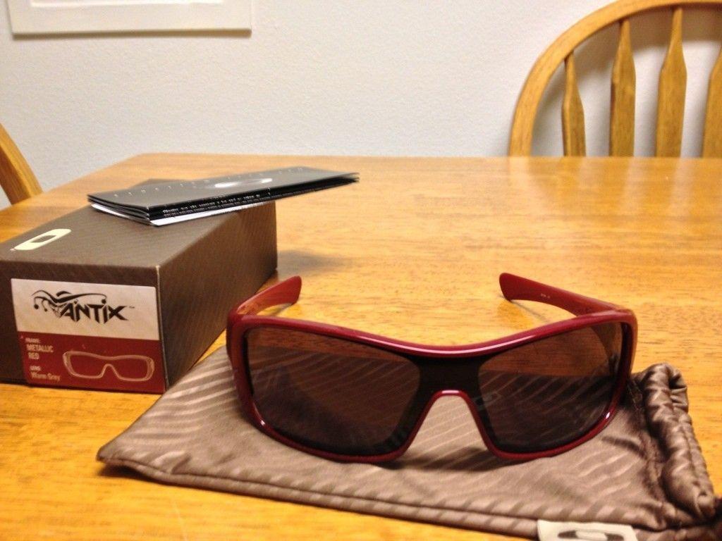 3 Oakleys For Sale (Antix And Hijinx) - C24C3BE5-09A2-4A61-A3A4-8292251821B5-1949-0000036CEFA64E9C.jpg