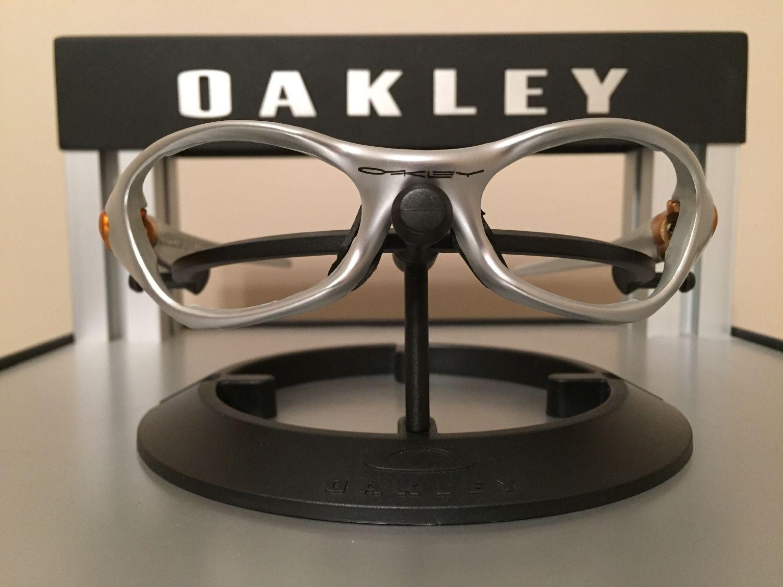 Oakley Valve 1.0 Bundle.......$110 - c287aa1db9b8a564b056a9c3daba17b6.jpg