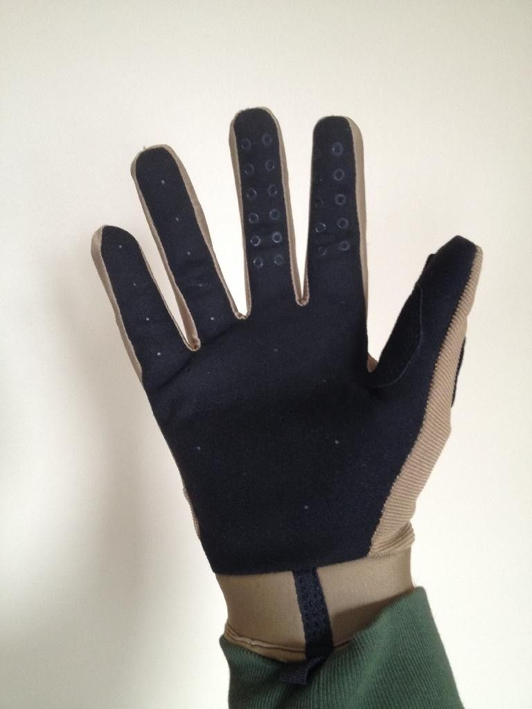 Gear Review: SI Assault Vs. SI Lightweight (Factory Pilot Vs. Factory) Gloves - C66FECA9-A9EC-45CF-94C2-E6FBFC9FCD5B_zps1kdilqpy.jpg