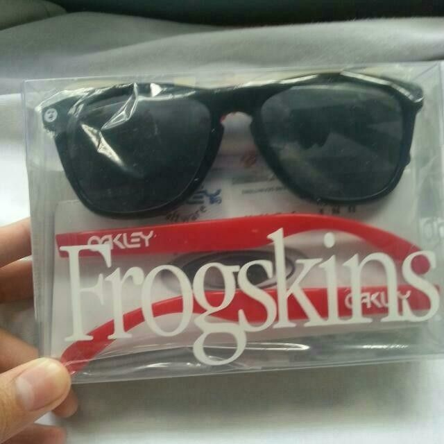 Oakley AAPE Frogskins and Marine Fade frogskins - carousell_1406681902762_0_zps036cc45f.jpg