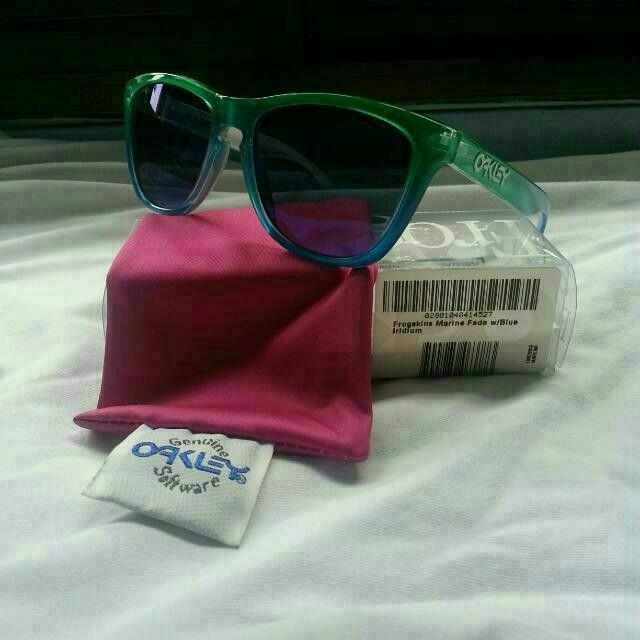 Oakley AAPE Frogskins and Marine Fade frogskins - carousell_1418903811400_0_zpse5e2fb75.jpg