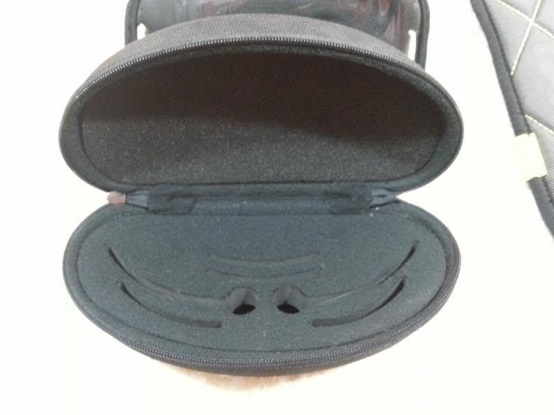 Jawbone Vented Grey Lenses & Unknown Case - Case.jpg