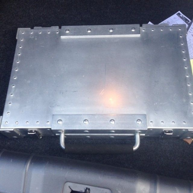 SOLD Oakley Aluminum Rep Brief Case - Case2.jpeg