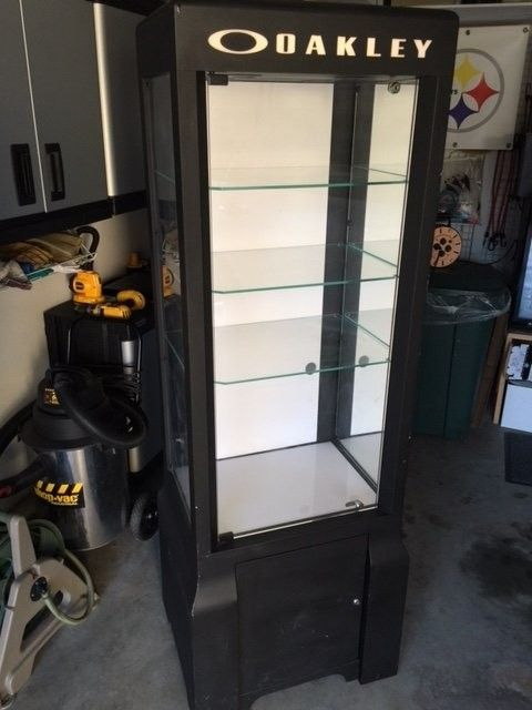Mega Tower 3.2 Display Case  SOLD - Case4.JPG